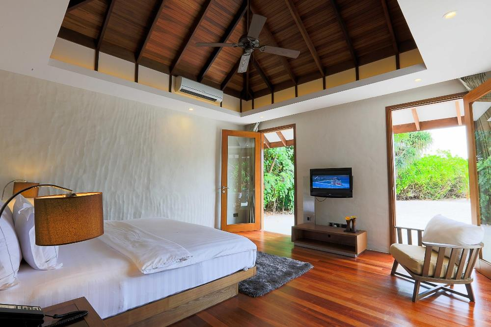 content/hotel/Hideway Beach/Accommodation/Deluxe Sunset Beach Villa with Pool/Hideaway-Acc-DeluxeSunsetBeachVillaPool-03.jpg